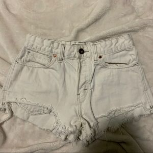 Free People White Denim Shorts W25